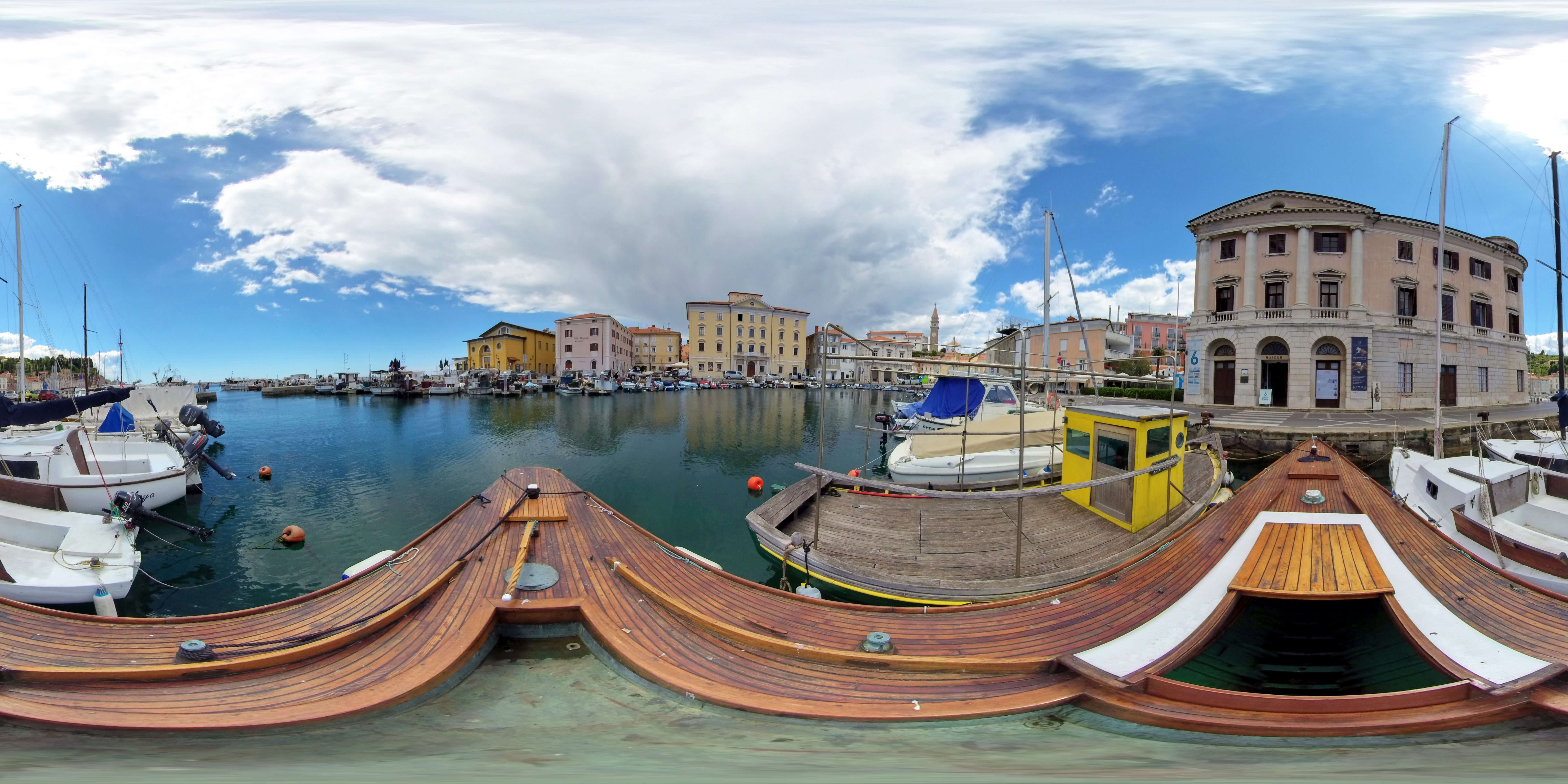 Virtual tour of the Port of Piran